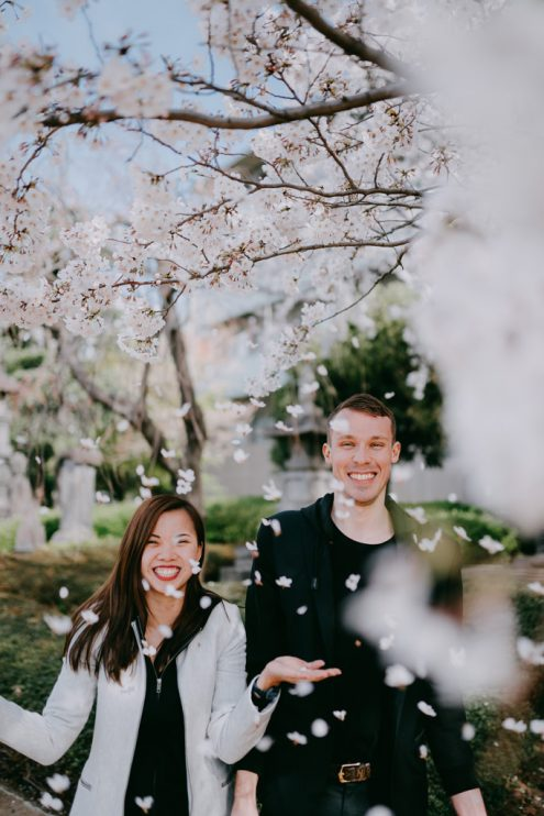 Tokyo pre-wedding photography with sakura cherry blossoms - Japan portrait photographer Ippei and Janine