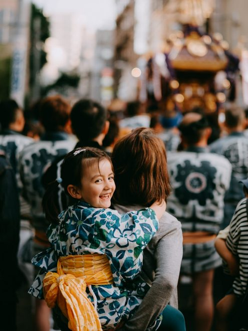 English speaking Tokyo family photographer - Tokyo vacation photography by Ippei and Janine