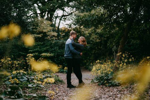 Tokyo engagement pre-wedding photographer - Japan portrait photography by Ippei and Janine