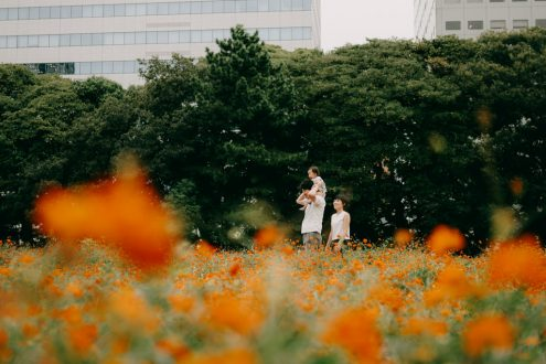 Tokyo family portrait photography – Outdoor portrait photographer Ippei and Janine
