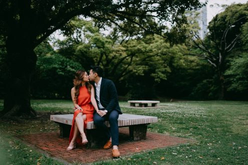 Tokyo pre-wedding photographer - Japan engagement portrait photography by Ippei and Janine