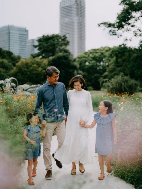 Tokyo family photoshoot - Japan portrait photographer Ippei and Janine