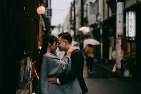 Tokyo Evening Couple Portrait Photoshoot in Asakusa by Ippei and Janine Photography