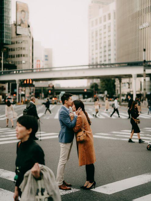 Tokyo pre-wedding portrait photographer - Japan engagement photography