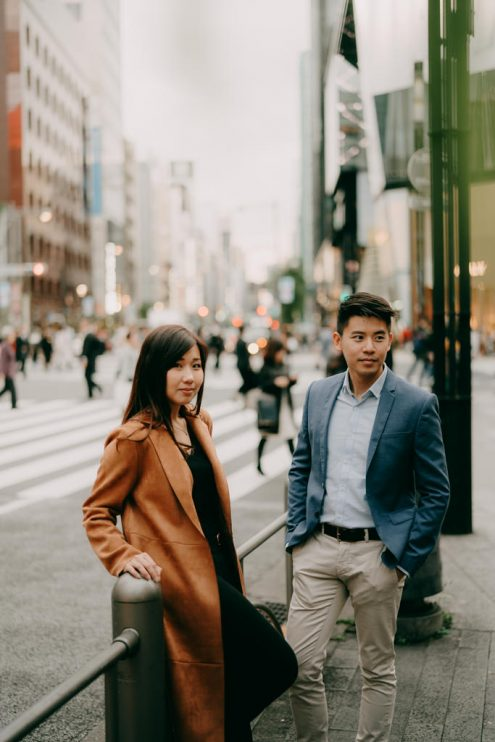 Tokyo pre-wedding portrait photographer - Japan engagement photography by Ippei and Janine