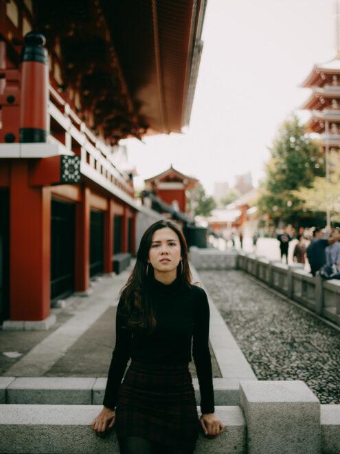 Tokyo portrait photography at Asakusa Sensoji - Tokyo portrait photographer - Ippei and Janine