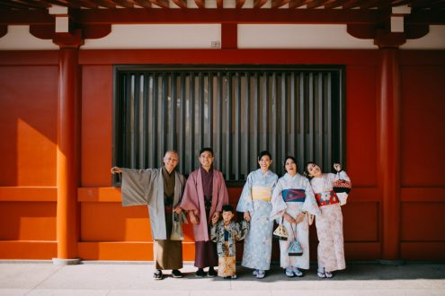 Tokyo family vacation photographer - Asakusa kimono portrait photography by Ippei and Janine