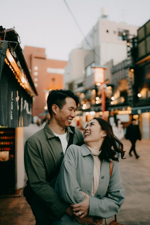 Tokyo engagement photography - Tokyo portrait photographer Ippei and Janine