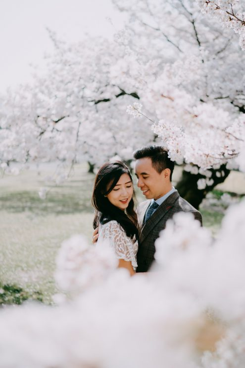 Tokyo elopement wedding photography with sakura cherry blossoms - Japan portrait photographer Ippei and Janine
