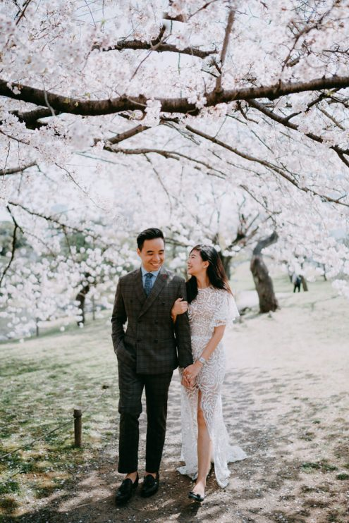 Tokyo elopement wedding photography with cherry blossoms - Japan portrait photographer Ippei and Janine