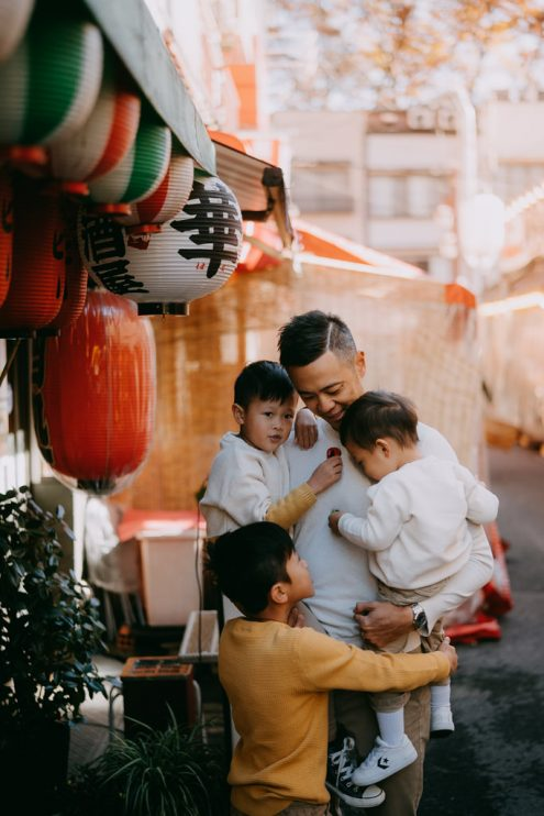 Tokyo family photographer - Japan portrait photography by Ippei and Janine