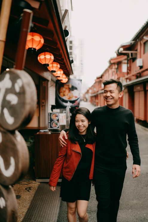 Tokyo pre-wedding engagement photography by Ippei and Janine - English speaking portrait photographer in Japan