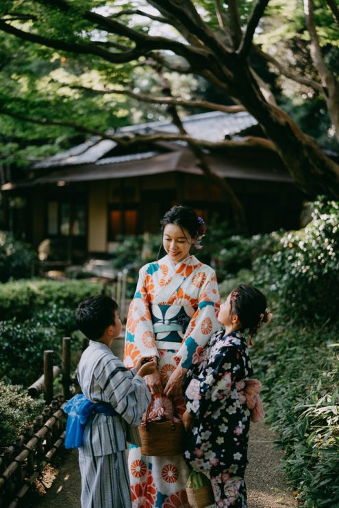 Tokyo family portrait photographer - Japan lifestyle photography by Ippei and Janine