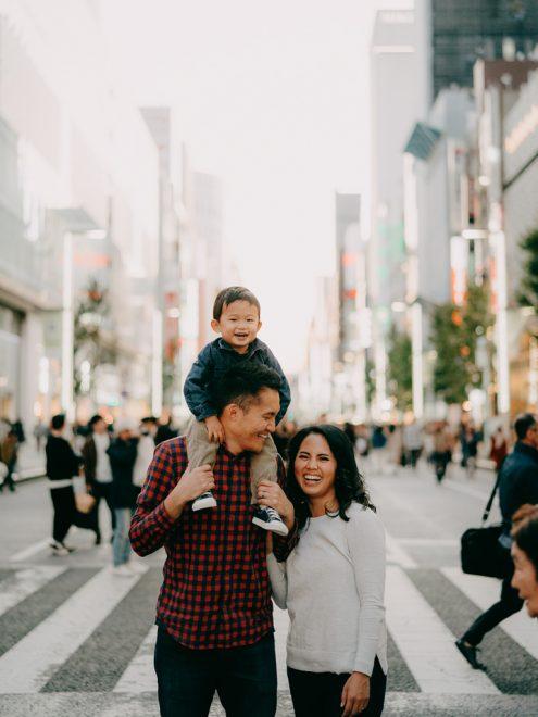 Tokyo family portrait photographer Ippei and Janine - Japan portrait photography