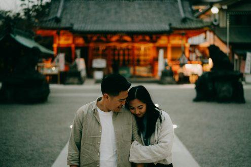 Tokyo Evening Couple Portrait Photoshoot in Asakusa