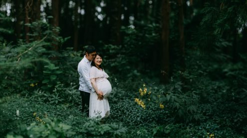 Tokyo maternity portrait photographer - by Ippei and Janine Photography