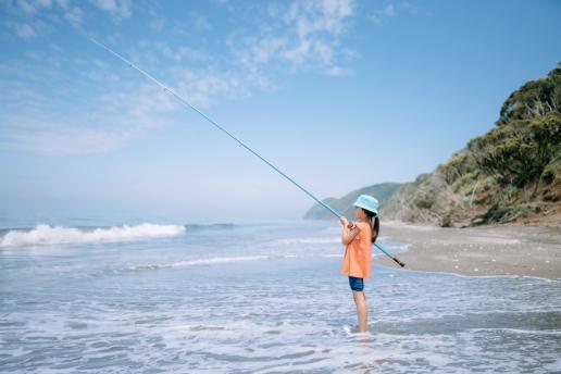 Beach fishing on Tokyo Bay, Futtsu, Chiba