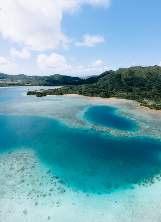 Blue lagoon in tropical Japan, Iriomote-Ishigaki National Park, Okinawa
