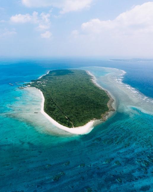 Aerial view of Japanese tropical island, Panari (Aragusuku-jima), Yaeyama Islands, Okinawa