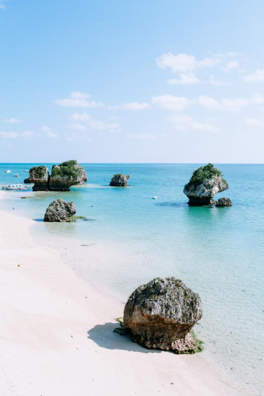 Idyllic beach on New Year's Day, Okinawa Main Island