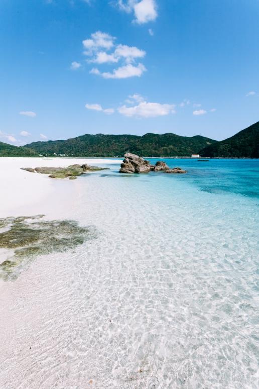 One of many idyllic deserted beaches of Kerama Islands, Okinawa, Japan